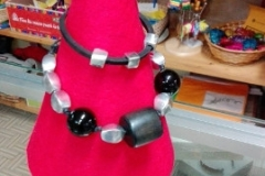 Girocollo alluminio e cuoio - progetto Ravinala